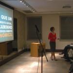Maíra Pimental falando sobre o projeto Ensina!