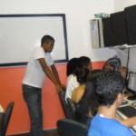 Aulas de informática e design gráfico