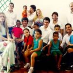 Membros do Move Rio, professora e diretora do Cantinho e diretora do IMDS com as crianças, dezembro de 2009
