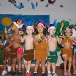 Festa de fim de ano no Espaço Educacional Cantinho Feliz - alunos atores no teatro sobre o Descobrimento do Brasil, 16 de dezembro de 2011