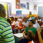 Tião na aula de música